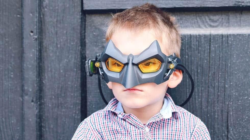 Батман на помощ със скучните задачи или как да развием самоконтрола на децата?