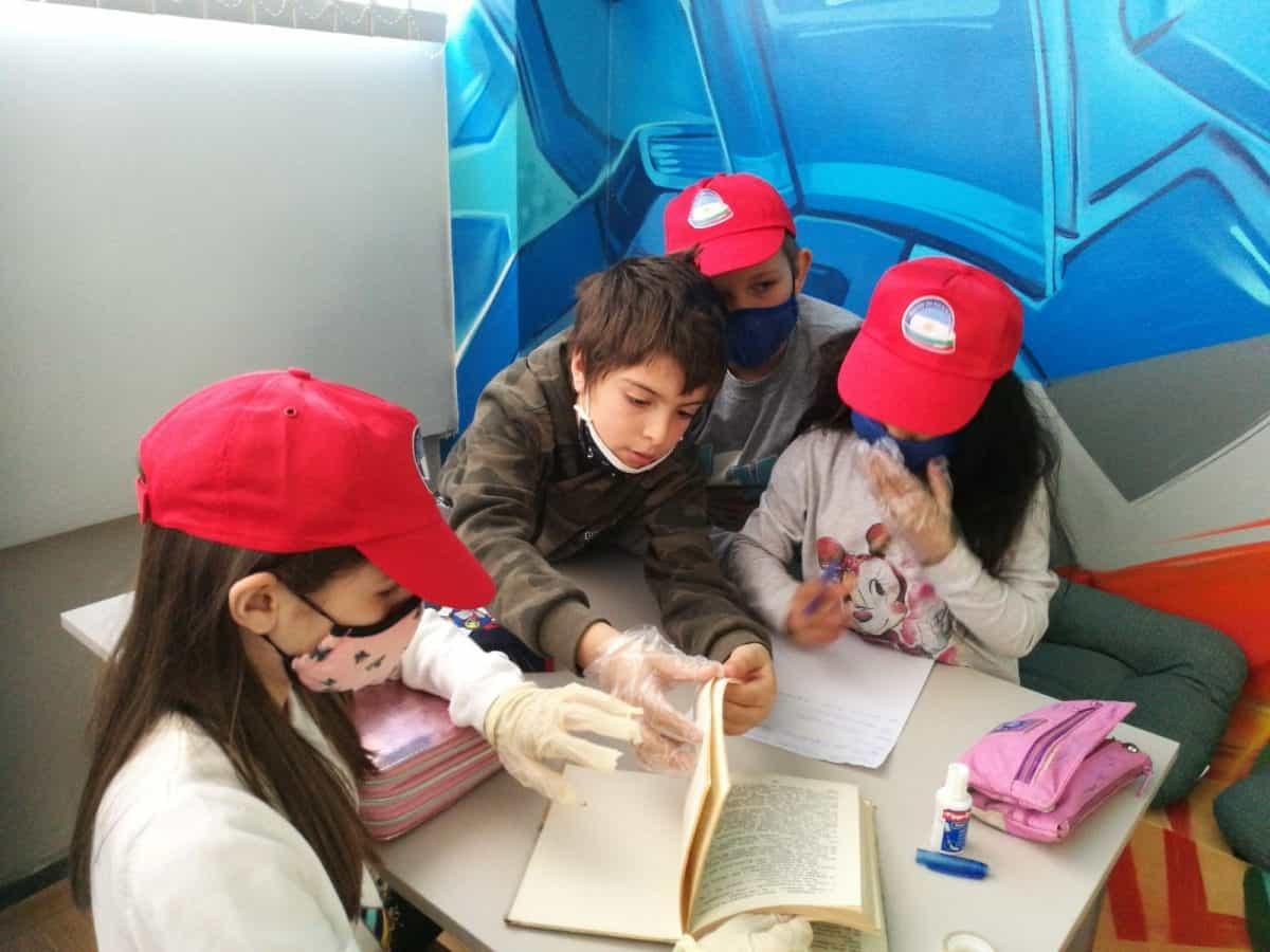 """""""Клиника за книги"""" или как децата да заобичат книгите"""