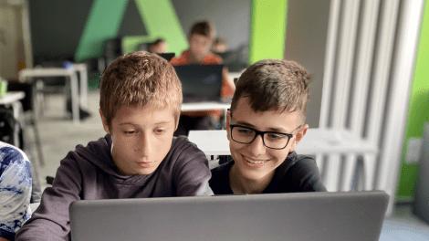 Как да подготвим децата за дигиталните професии на бъдещето